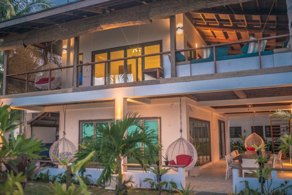 siargao resort viento del mar hotel beach bar restaurant