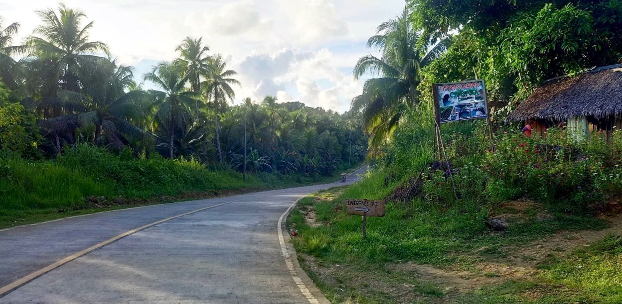 Image of Tayangban Cave Road sign